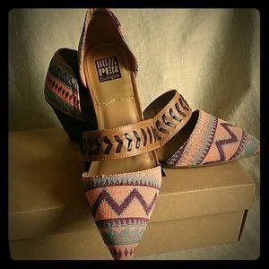 Bumper Brand Aztec Purple Pink Tan Slide Heels